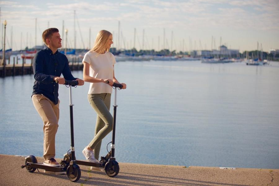 Glion Dolly Electric Scooter average distance covered